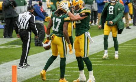 Green Bay celebra un touchdown entre Aaron Rodgers y Davante Adams en el partido contra los Detroit Lions.
