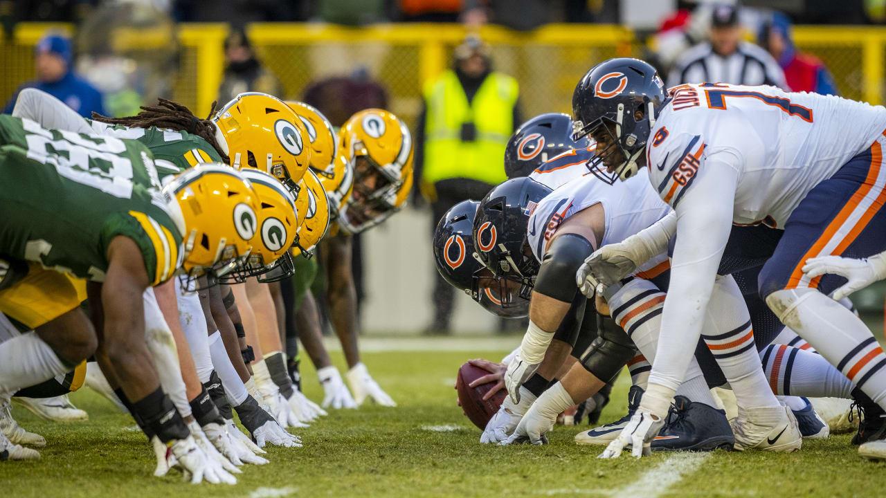 Linea de scrimmage Packers contra Bears