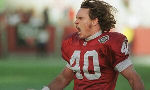 El 11 de Septiembre de 2001 la vida de un joven safety cambio para siempre, quien decidió cambiar de casco y uniforme. Fotografía; The Associated Press